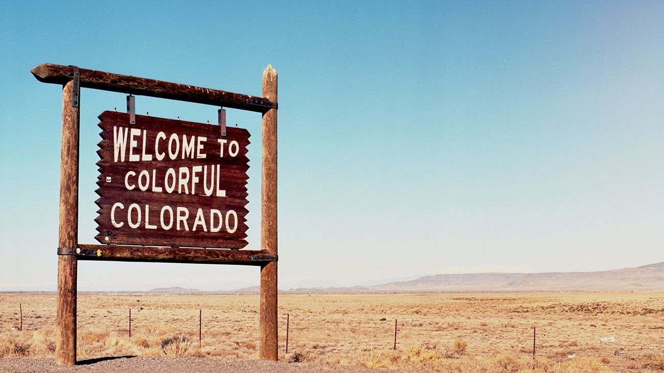 'Welcome to Colorful Colorado' sign