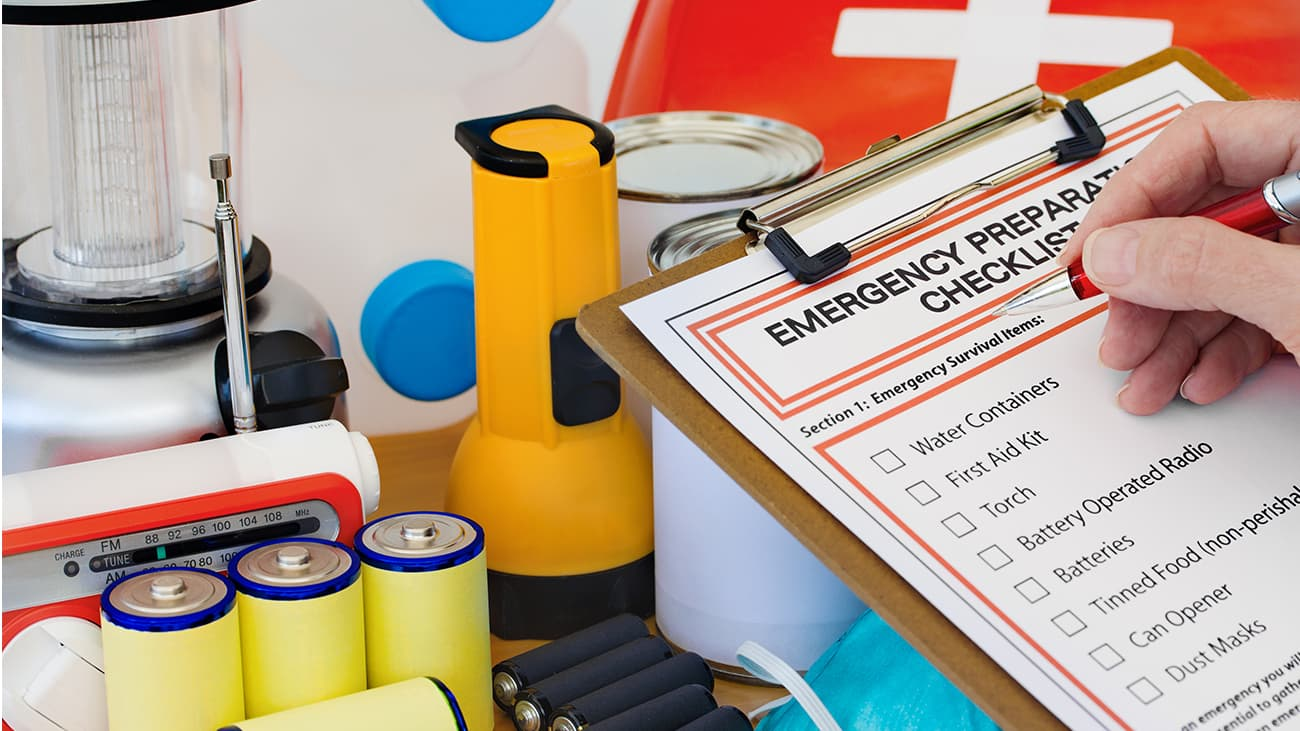 Emergency preparation list with supplies